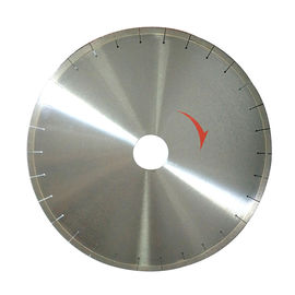 China Super Thin Diamond Cutting Disc Excellent Performance Hot Pressed / Silver Brazed supplier